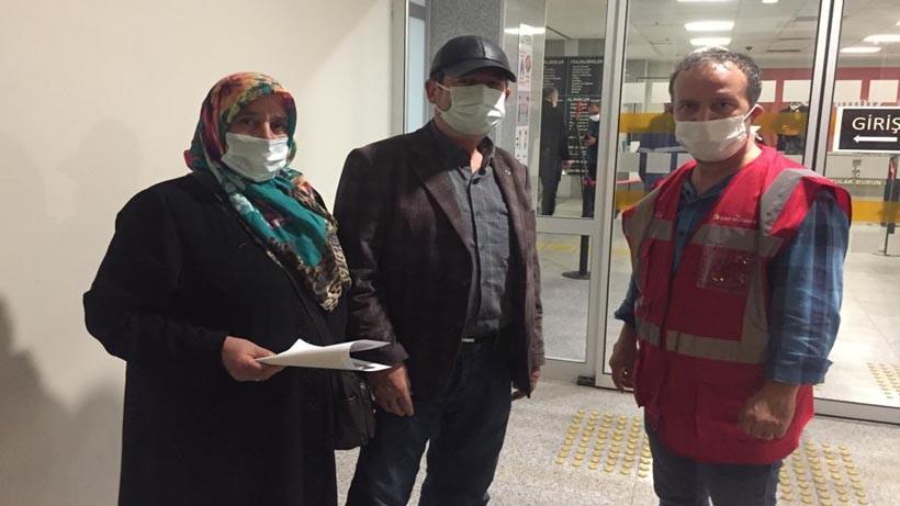 Covid-19 aşısı olmaya İzmit Belediyesi ile gittiler