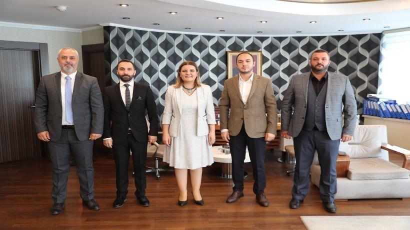 İzmit Belediyesi STK ve EsnafMasası kuruldu