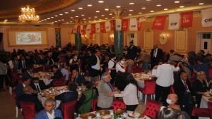 CHP Derince İlçe Örgütünden Dayanışma Yemeği