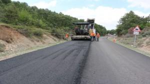 Köy yollarına 56 bin ton asfalt