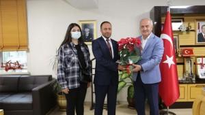 MHP Derince'den Başkan'a iadeyi ziyaret