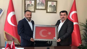 MHP'li Sayar'a Erzurumlulardan ziyaret